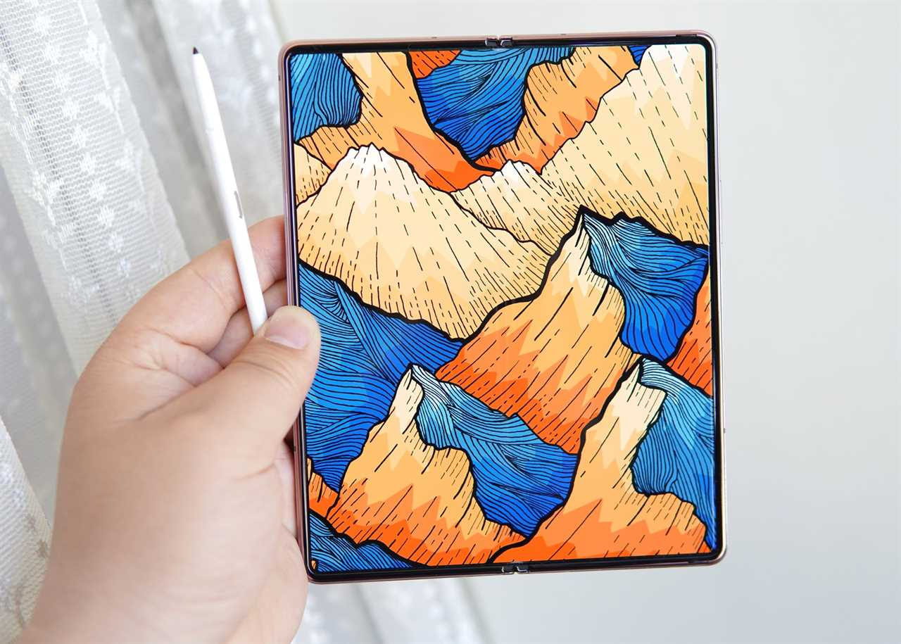 Samsung Galaxy Z Fold3 leaked photo